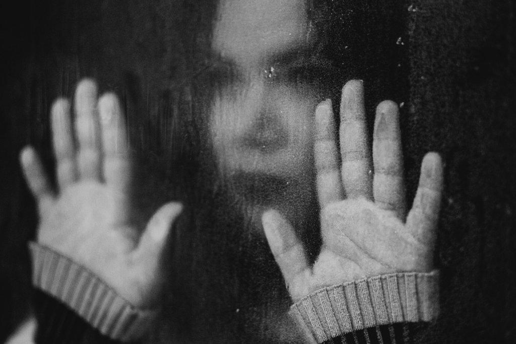 Selbstmordversuche junger Frauen dramatisch gestiegen