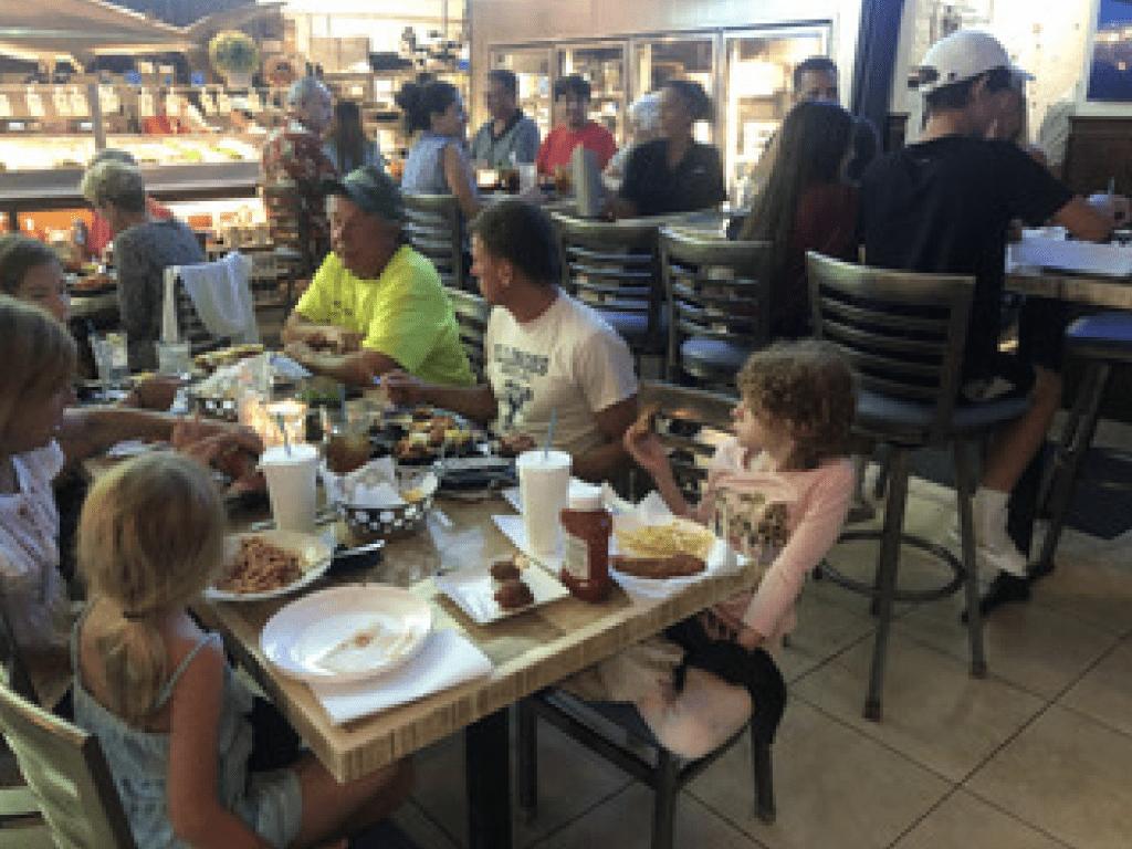 """Normales Leben in Florida: """"Von Corona-Restriktionen keine Spur mehr"""""""