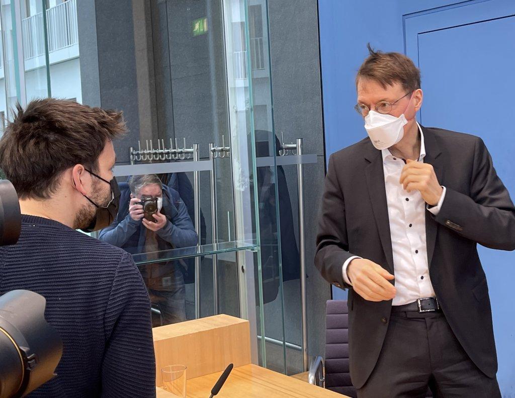 Lauterbach entlarvt Reitschuster: »Kein Journalist«