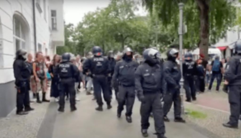 Nach Demo-Verbot: Berlin im (Polizei-)Belagerungszustand
