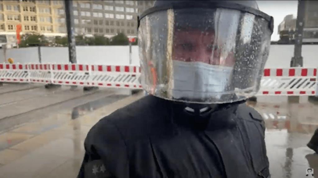 Berliner Polizei: Unabhängige Journalisten vogelfrei?