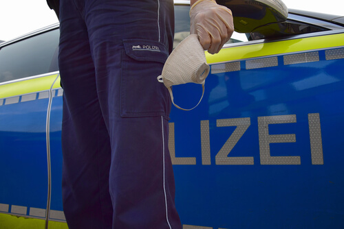 Ein Polizist packt aus: Innenansichten aus einer zerrissenen Polizei